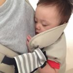 赤ちゃんを抱っこ紐でおんぶ出来るのはいつから?注意点は?