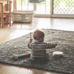 赤ちゃんが喜ぶ簡単手作り知育玩具の作り方5選