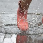 長靴(レインブーツ)の臭いを簡単に消す方法!臭いの原因をしっかり対策